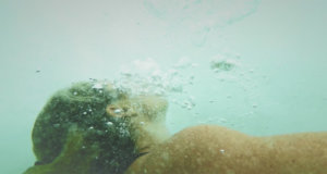 Sam Bloom underwater